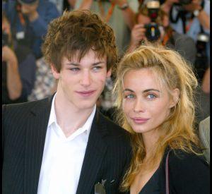 """Gaspard Ulliel et Emmanuelle Béart à Cannes, en 2004, pour présenter leur film """"Les égarés""""."""