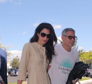 Les lunettes de soleil XXL sont un emblème du look d Amal Clooney, et 39a34a03dc17