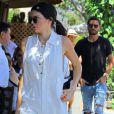Kendall Jenner profite d'une virée avec son ex-beau-frère pour déjeuner et faire un peu de shopping !