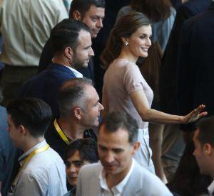 Letizia d'Espagne : en blanc et beige, la reine joue la simplicité chic