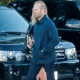 Jason Statham et sa fiancée Rosie Huntington-Whiteley se rendant au restaurant Nobu le 3 juillet 2016.