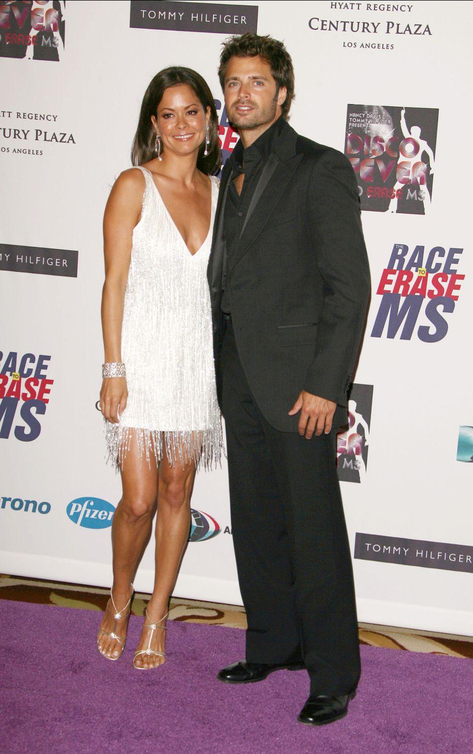 David Charvet et Brooke Burke en 2006. A l'époque fiancés, ils se sont depuis mariés et ont eu deux enfants.