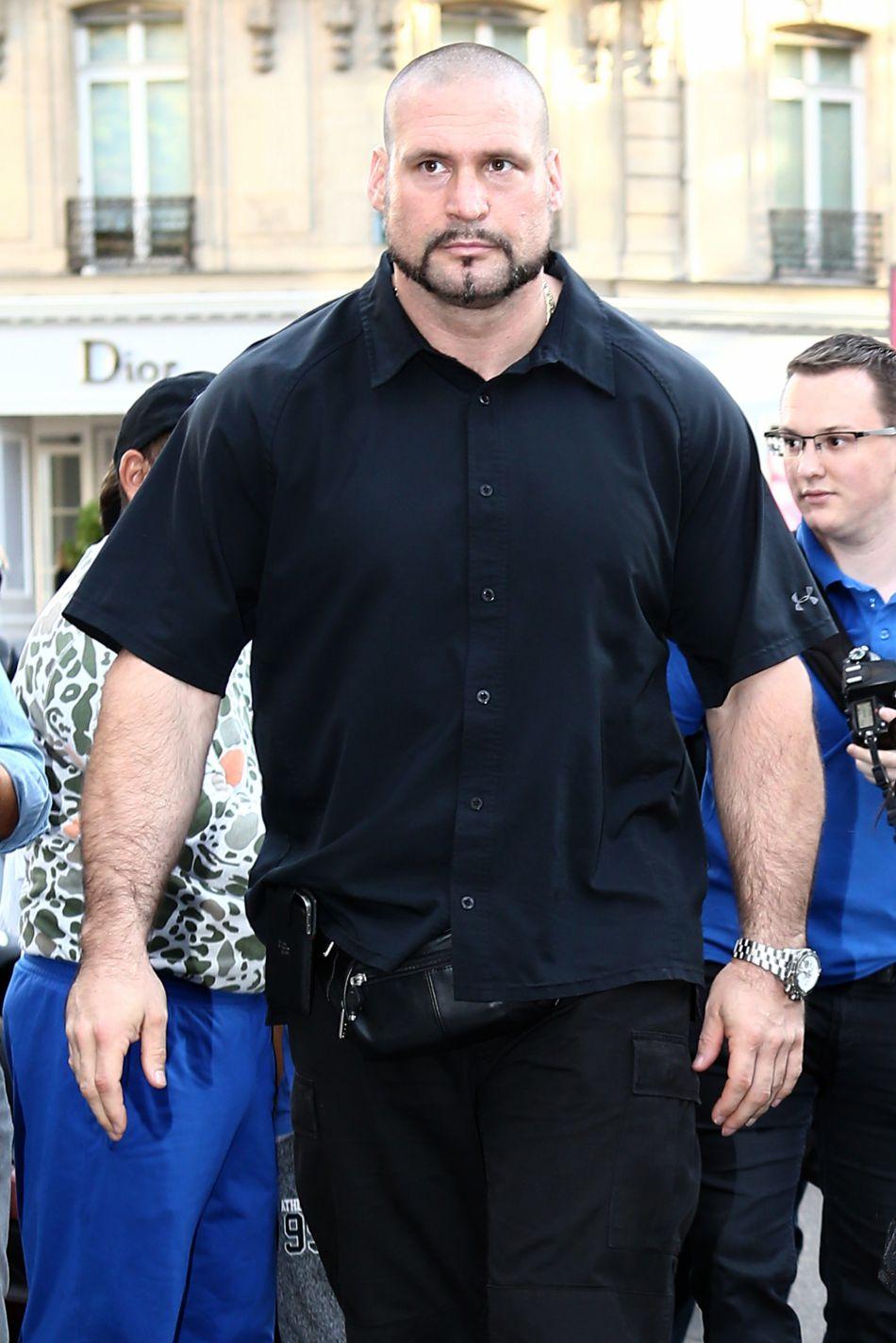 Pascal Duvier, le garde du corps de Kim Kardashian, promet de retrouver ceux qui ont agressé sa cliente.