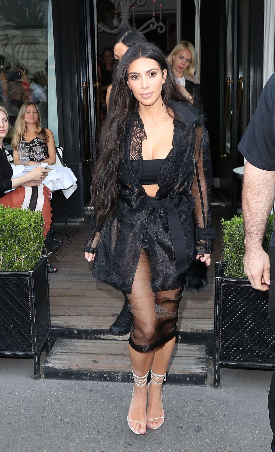 En plus du traumatisme, Kim Kardashian a perdu quelque dix millions d\u0027euros  de