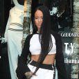 Drake sortirait avec une star de la téléréalité pour rendre jalouse Rihanna.