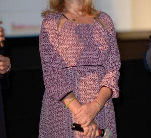 Emmanuelle Béart, sublime en robe longue rose pour le Festival Lumière de Lyon.