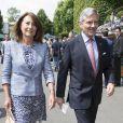 Le couple déplaît à la famille royale.