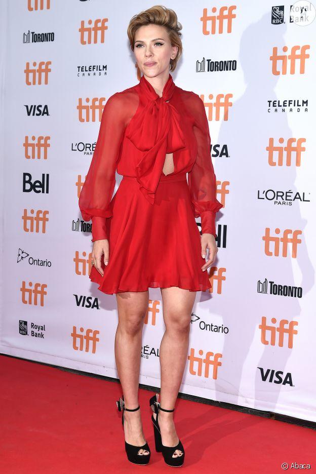 Les plus belles tenues de tapis rouge de Scarlett Johansson