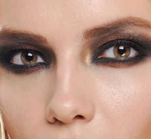 Maquillage de fêtes : quelles couleurs sur mes yeux ?
