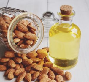 L'huile d'amande douce : sait-on vraiment tout sur ce produit naturel ?