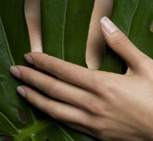 Et si vous accordiez à vos mains une petite détox ongulaire ?