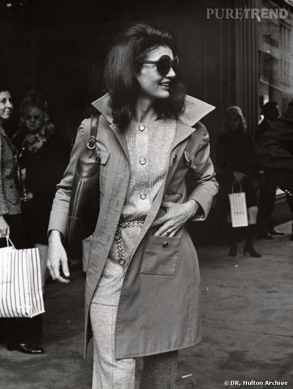Jackie Kennedy Onassis quittant le Bonwit Teller'sen 1970