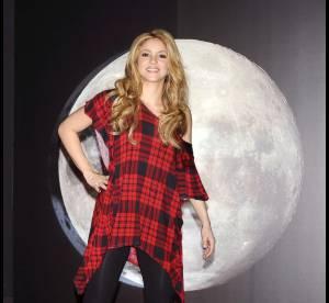 Match Shakira vs. Taylor Momsen: qui porte le mieux la tunique à carreaux?