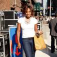 En 2009, Serena est une autre femme. Elle sait enfin se concocter des looks casual et pointus. Escarpins Louboutin aux pieds, jean brut et t-shirt simple, elle manie les basics sans problèmes.