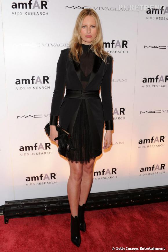 Karolina Kurkova au gala de l'amfAR