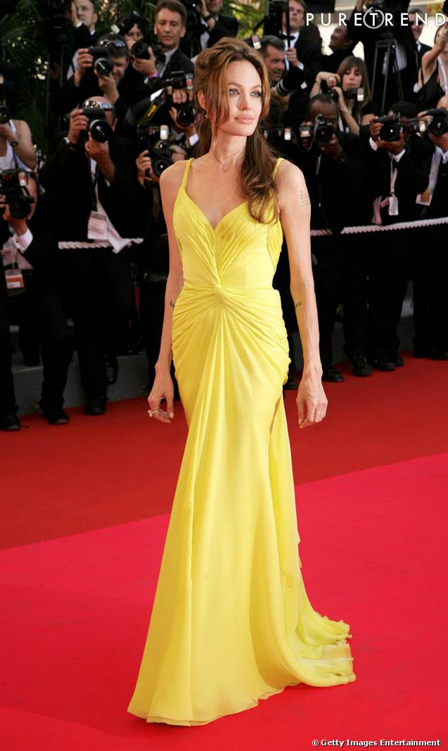 Même en robe jaune poussin, Angelina illumine le tapis rouge