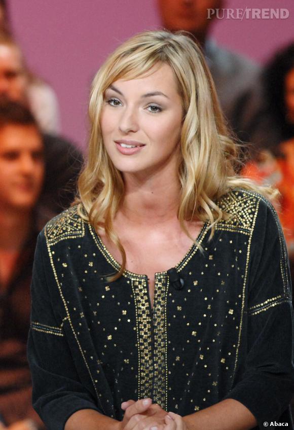 """2007 : Un blond surfeur pour Louise qui associe un make-up """"retour de vacances"""". Sublime."""