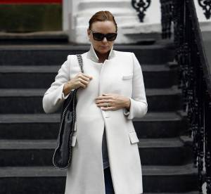 Stella McCartney, enceinte, séduisante et pointue... A shopper !