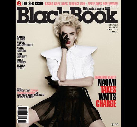 Naomi Watts prend la pose façon Marilyn pour Black Book.