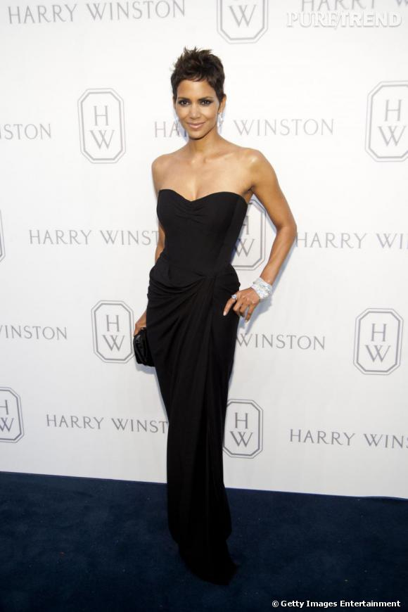 Halle Berry au lancement de Court of Jewels Recreation chez Harry Winston.