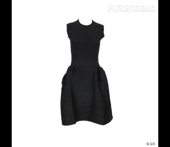 Petite robe noire yves saint laurent