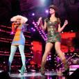"""Version """"manga afro"""" :  même Katy Perry passerait inaperçue à côté d'une Nicki Minaj coiffée de cette façon."""