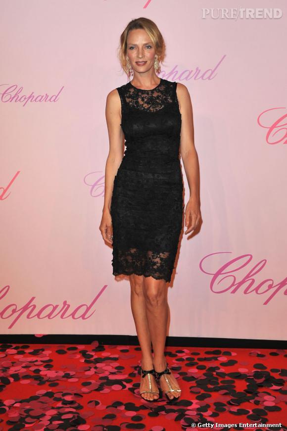 """Uma Thurman, divine pour la soirée """"Diamonds Are Girls Best Friend"""". Elle porte une robe Dolce & Gabbana."""