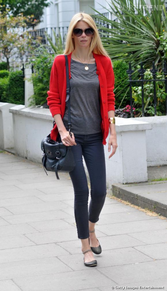 Claudia Schiffer, dans les rues de Londres.