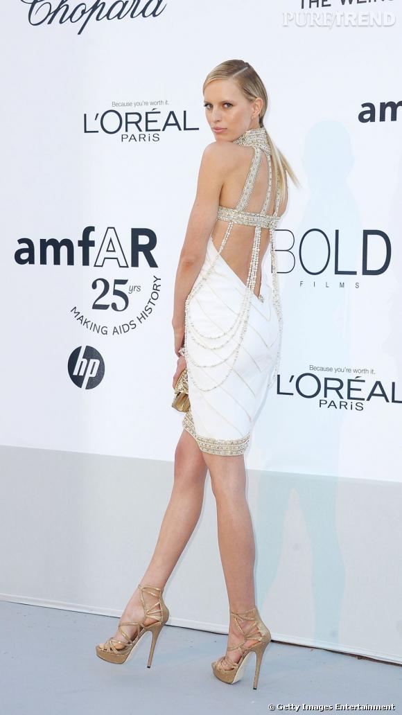 Karolina Kurkova lors du gala de l'amfAR, à Cannes.