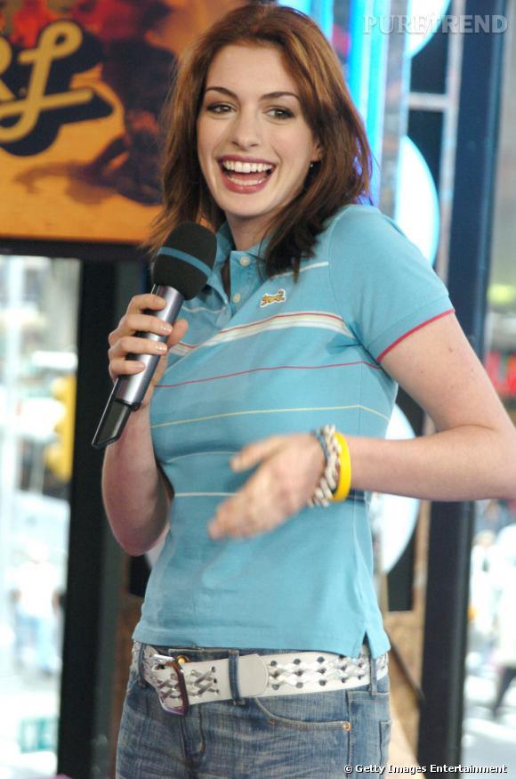 Anna Hathaway, une habituée des robes de créateurs, mais aussi du sportswear.
