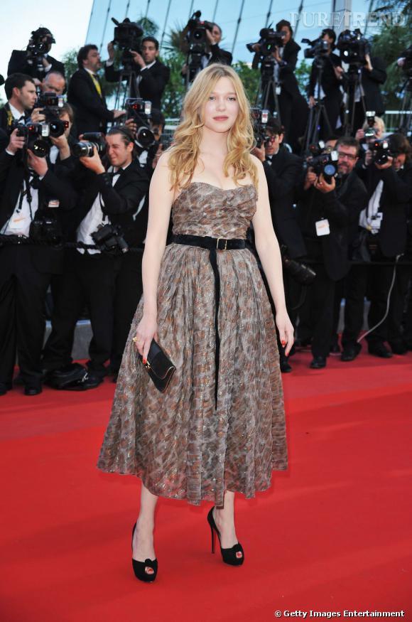 En 2010 à Cannes, l'actrice porte une belle robe babydoll Louis Vuitton.