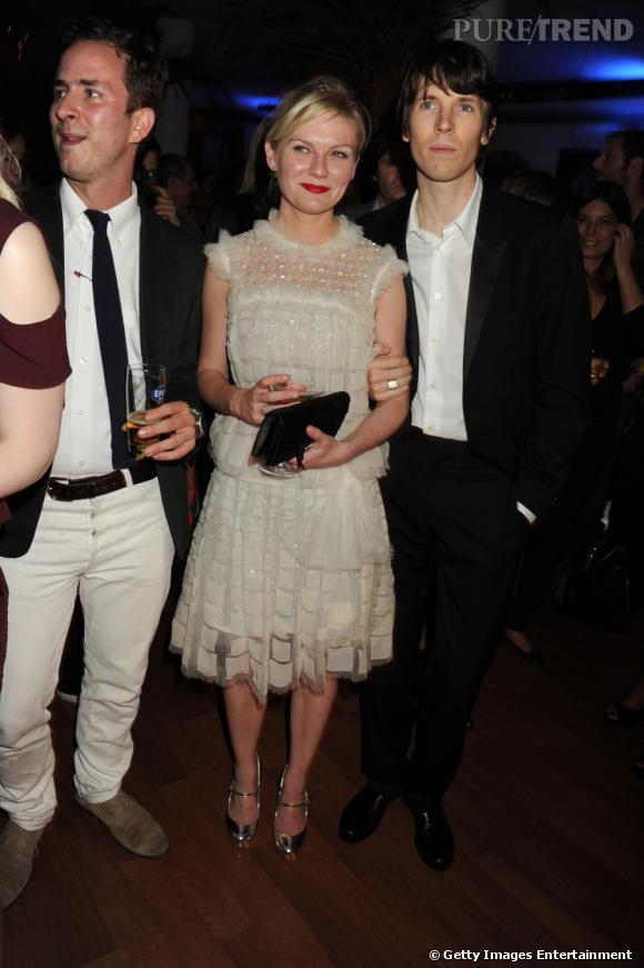 Kirsten Dunst, immaculée dans une robe signée Chanel.