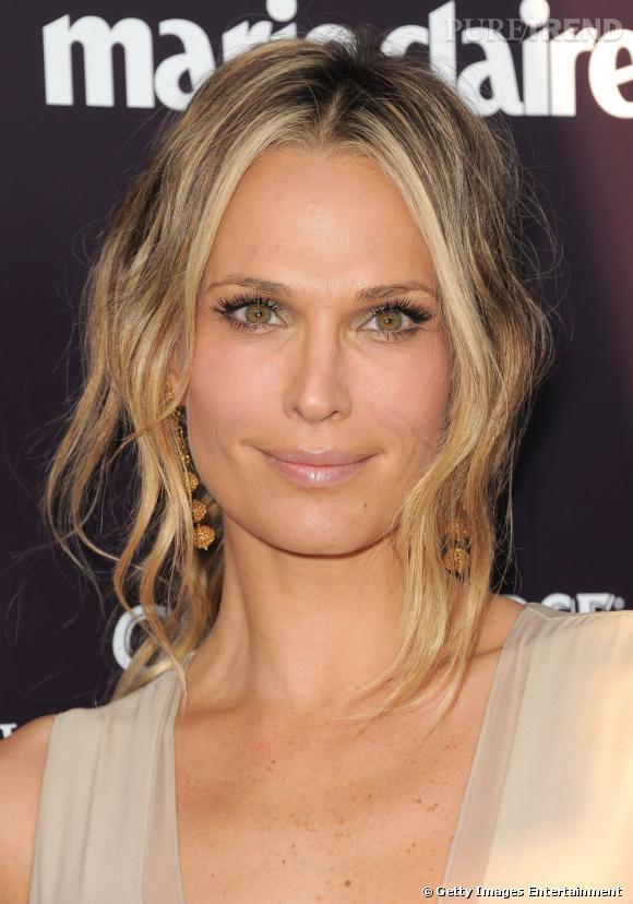Top Le balayage blond : un choix idéal de coiffure dès les premiers  PP69