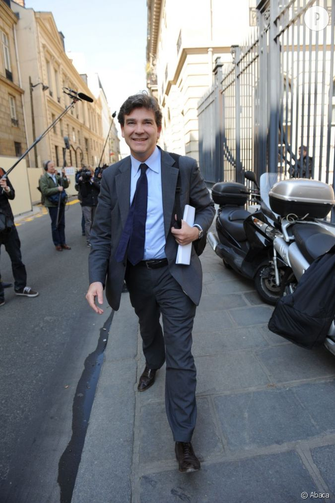 qui arnaud montebourg parti socialiste style chic fa on homme d 39 affaire arnaud m le le. Black Bedroom Furniture Sets. Home Design Ideas