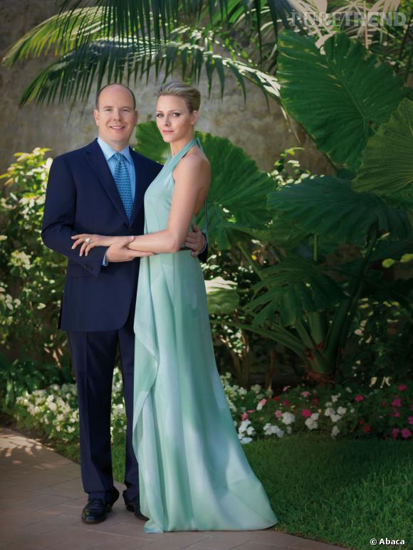 Prince Albert et Charlène Wittstock : la photo officielle de leurs fiançailles.
