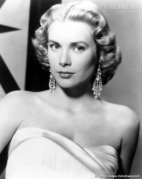 Grace Kelly, véritable symbole de la blonde.