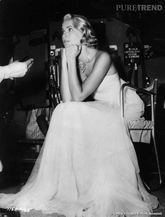 Angélique et icône du cinéma par excellence, Grace Kelly n'est pas devenue une princesse par hasard...