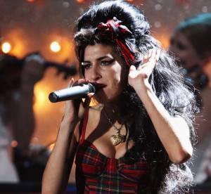 Amy Winehouse : décryptage du style d'une pin-up trash