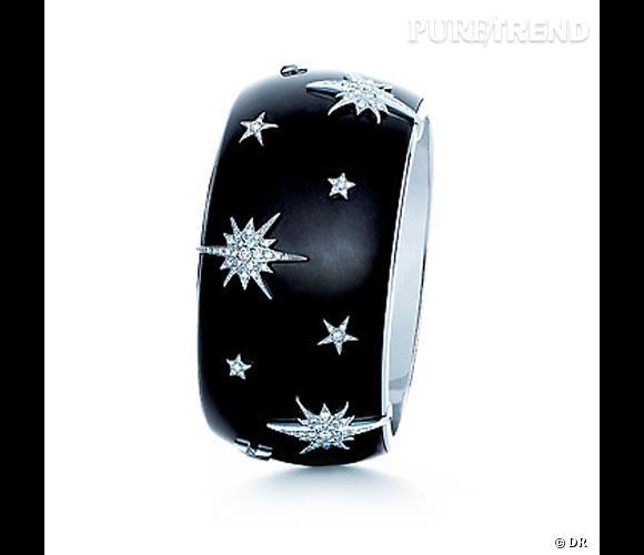 Bracelet Tiffany & Co  Bracelet en jade noire et or blanc serti de diamants.  Prix sur demande.