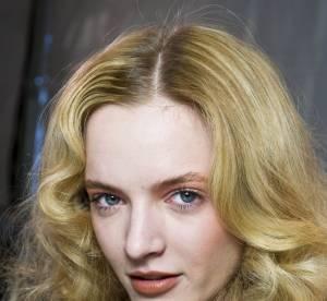 Soins cheveux permanentés : conseils et astuces