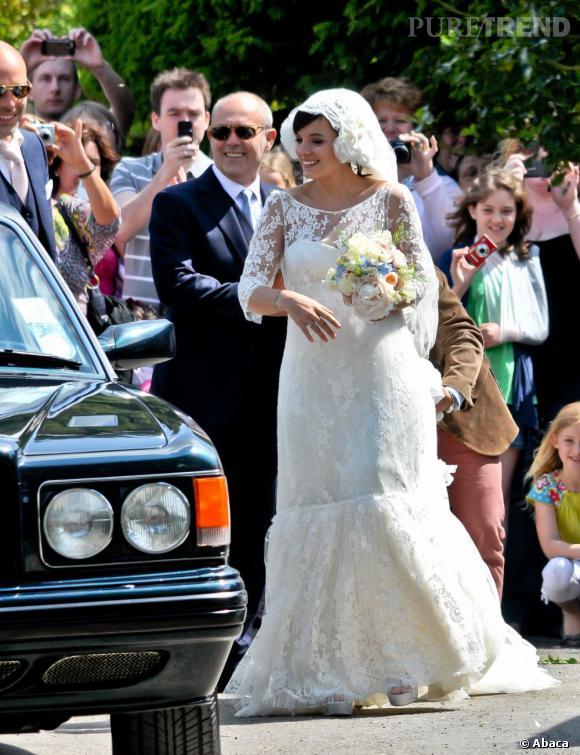 Lily Allen, une mariée très en formes.