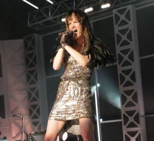 Actrice hollywoodienne, Juliette Lewis se rêve rock star avec son groupe, d'abord les Licks puis les The New Romantiques. Persévérante, l'actrice en est à son 4ème album.
