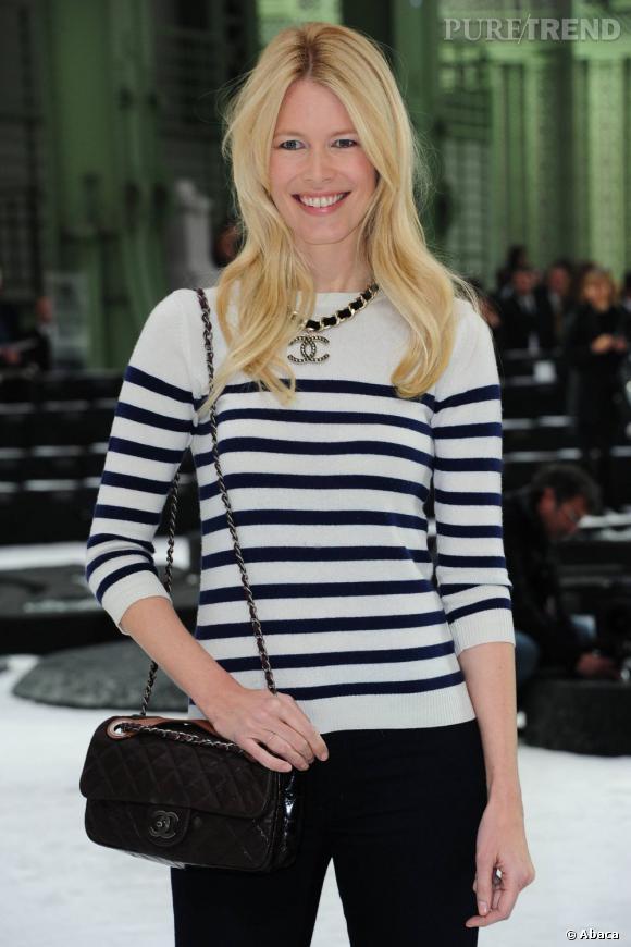 Claudia Schiffer a été égérie pour les lignes de prêt-à-porter et haute couture.