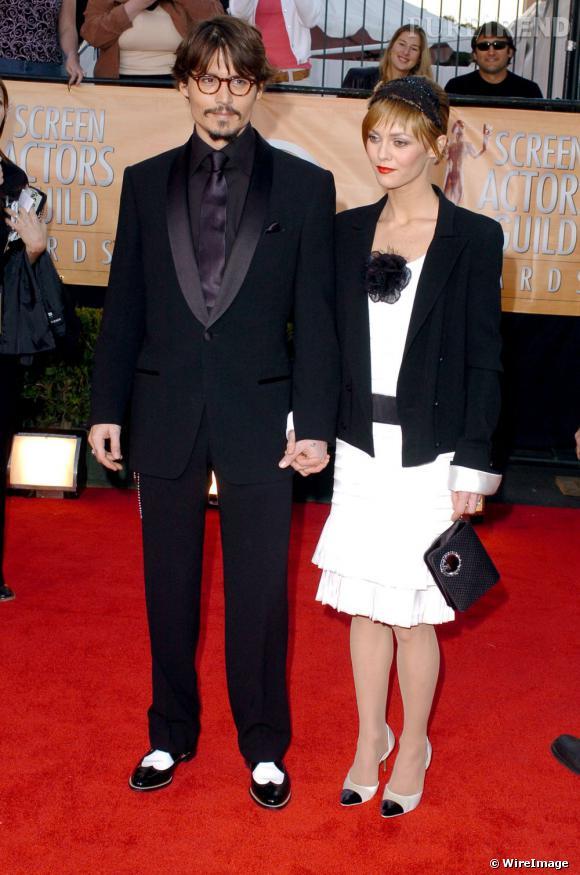 Friands du style des années folles, Johnny Depp et Vanessa Paradis ont foulé de nombreux tapis rouges dans des tenues inspirées par cette époque.