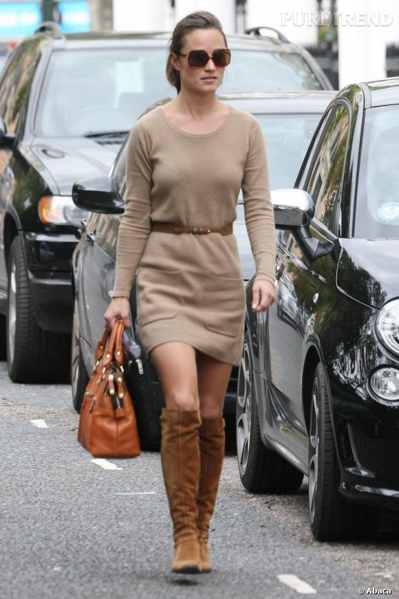 Pippa Middleton, outre le fait qu'elle fut une super demoiselle d'honneur (quoique) est également une sportive de haut niveau. Cela lui a même valu une bourse pour ses études supérieures.