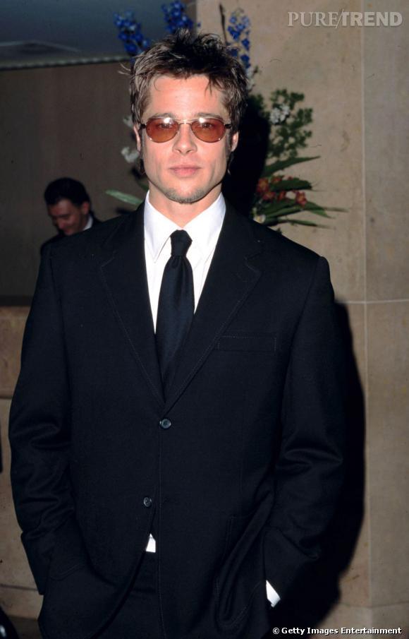 """Brad Pitt a longtemps représenté la marque de voiture Toyota. Une publicité par très bien vue en Malaisie, puisqu'elle a été censurée. L'un des directeurs de la marque là bas a d'ailleurs dit  """"pourquoi prendre son visage à lui ? Nous en avons suffisamment ici !"""" .. Oui mais bon... C'est Brad Pitt quoi !"""