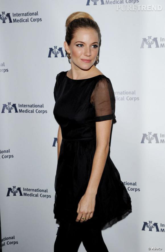 Sienna Miller à la soirée organisée par Medical Corps à Los Angeles.