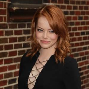 Les 50 plus belles coiffures 2011 Nouvelle star d'Hollywood, Emma Stone s'est fait remarquer avec son roux flamboyant.