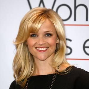 Reese Witherspoon et son menton pointu : rien de tel pour donner du caractère au visage de la petite blonde.