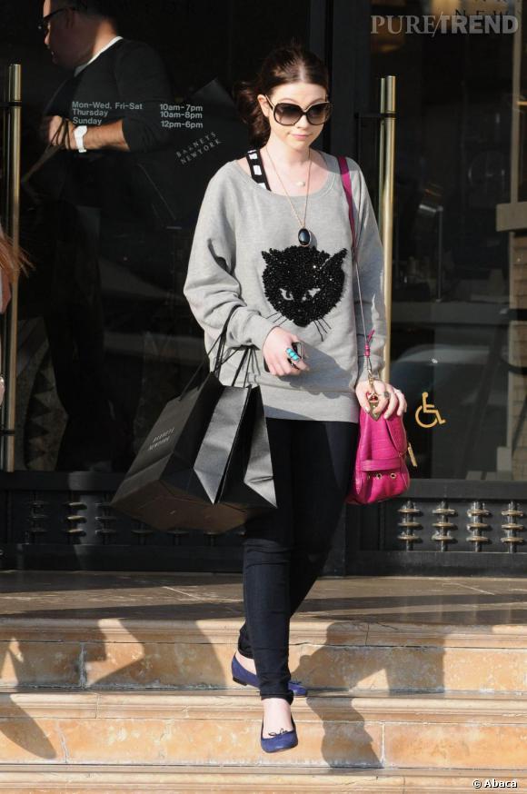 Michelle Trachtenberg en pleine séance de shopping à Los Angeles.